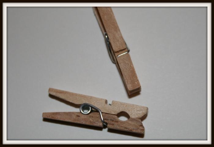 mini pince linge en bois 3cm boutique latoileapeindre. Black Bedroom Furniture Sets. Home Design Ideas